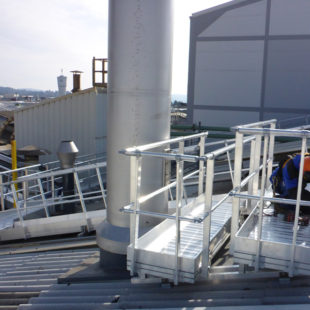 Passerelle de maintenance pour matériel technique VECTAWAY®